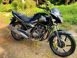 Honda CB Unicorn well maintained & low kilometers (Quick Sale)