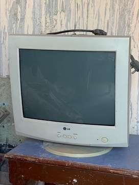 Its a faulty monitor for sale in good condition