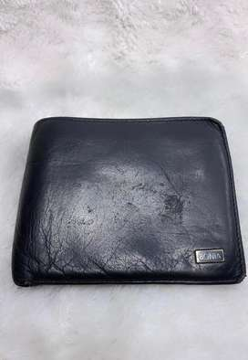 BONIA Wallet Hitam  Preloved Dompet kulit pria condition 70%