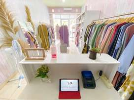 Jual Online  Gamis Wanita & Tas Brand Lokal Terkini Original & New