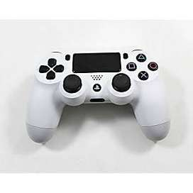 Ps4 controller dual shock white ( new condition )