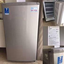 Freezer Kecil bentuk Kulkas Sanyo / Aqua Japan 4 RAK AQF-S4 utk ASI