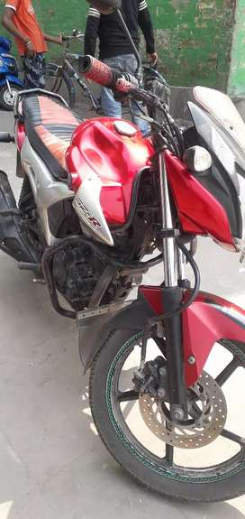 Soroom condition bick . Vary good condition SZR Yamaha