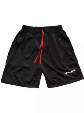 Celana olahraga pendek