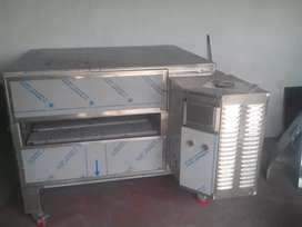 Commercial kitchen equipment specialised Pizza conveyor oven