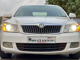 Skoda Laura Ambition 2.0 TDI CR MT, 2012, Diesel