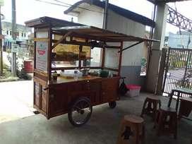 Gerobak roda kayu