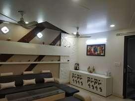 4 BHK flat uttam Nagar sale 1.27 cr lift ,2 car parking, power back up