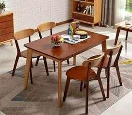 Set meja dan kursi makan retro
