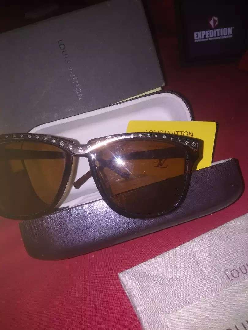 Jual kacamata LOUIS VOITTON 0