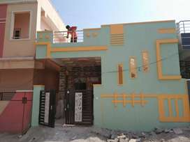 Independent house for rent. Very near to bustop 60 meters