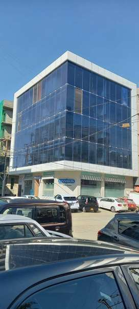 Office Spce FOR RENT 1000 to 8000 SQ FEET 1st,2nd,3rd,4th Floor