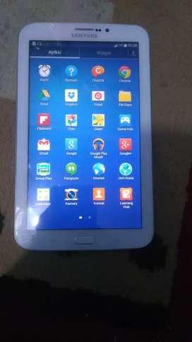 Samsung Tab 3.7 t211