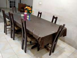 Dinning table for urgent sale