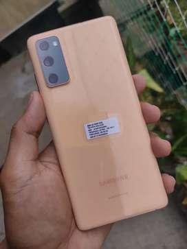 Samsung Galaxy S20 FE 8GB / 256GB 2 Minggu Pake
