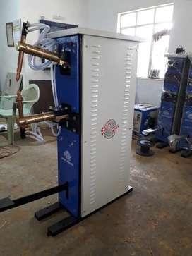 SPOT WELDING MACHINE FOR STEEL ALMIRAH/ BEROL, PROJECTION NUT WELDING