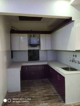 PRIME location HAPPY CHOWK 2bhk with lift car parking, call NOWW