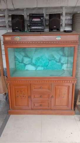 Aquarium dan lemari