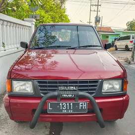 ISUZU PANTHER GRAND ROYAL TAHUN 1997