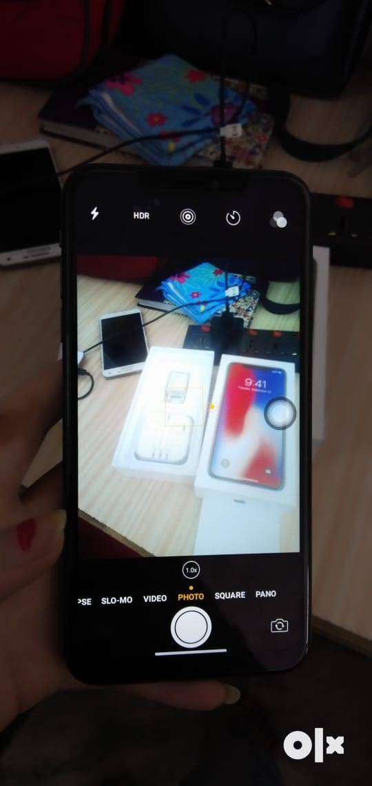 I PHONE X 256GB ROM IOS VERSION WITH ALL ACCESSORIES ON COD 0