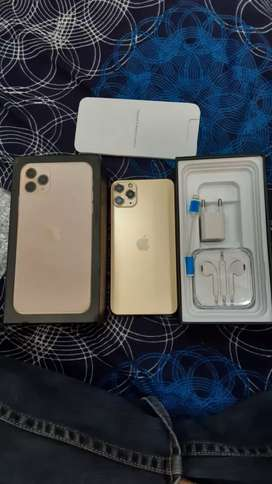 I phone and Samsung all latest models available s10 x mex 11 pro 11