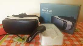 Samsung oculus Gear Vr Headset with Samsung Gear VR Controller(US)