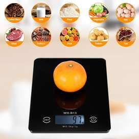LCD Display Electronic Kitchen Scale (5000-g x 1-g)