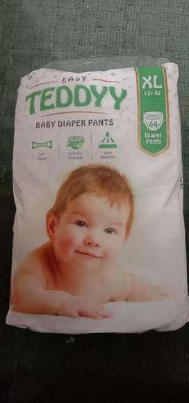 Teddy baby diaper pants