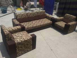 Sofa set top condition