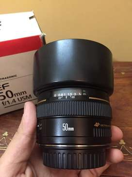 Canon 1.4 50mm just like brand new.