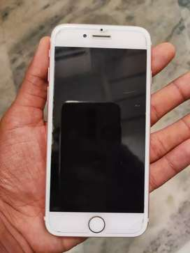 Iphone 7 Rose gold 32 gb only finger print not working