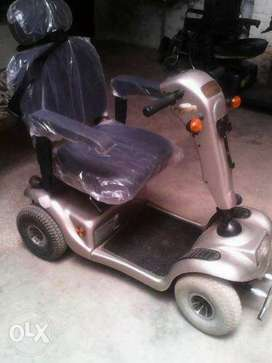 4wheel electric scooty