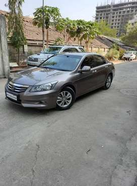 Honda Accord 2.4 Elegance Manual, 2013, Petrol