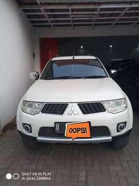 "Mitsubishi Pajero Exceed Matic ""2011"" Putih"