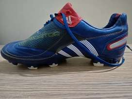 Football Shoes For sale(Adidas champion)