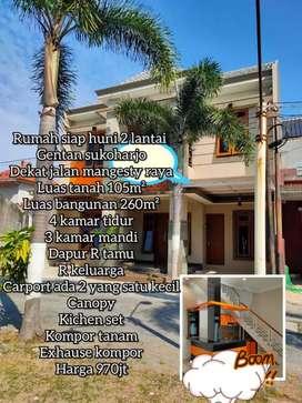 Dijual Rumah 2 lantai gentan sukoharjo