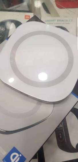 Wireless Fast Charger (with 3mm Automatic Disconnect Sensor)