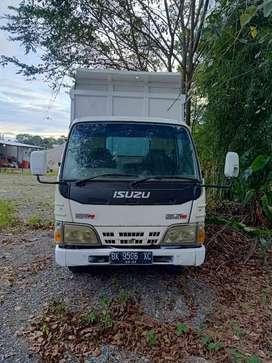 Isuzu Elf - dump truck