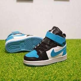 Sepatu  Anak Nike Jordan 1 Hi Original