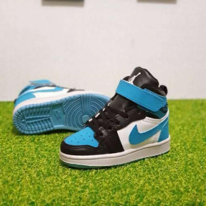 Sepatu  Anak Nike Jordan 1 Hi Original 0