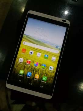 Huawei Media Pad M1 8.0 tablet used in good condition