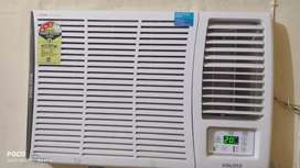 Voltas 3 star window Ac .have used for 2 months only