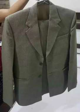 Linen materail veru good condition suit with pant