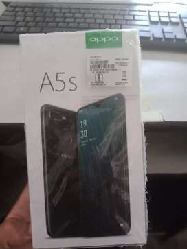 Oppo a5s  with charger and bill