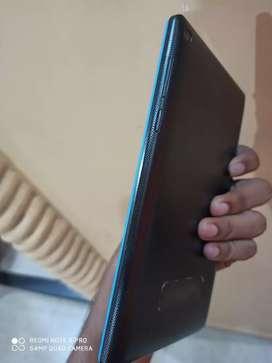 Lenovo Tab 3 essential