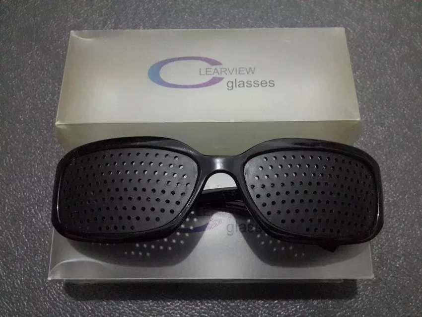 Kacamata Terapi/Therapy Pinhole Clearview