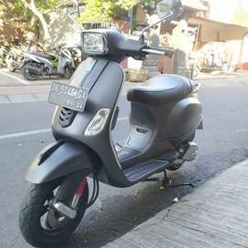 Vespa s iget 125 2018 UD BALI DHARMA MOTOR