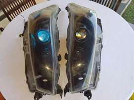 Headlamp all new yaris black edition