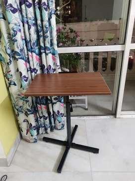 Kids portable study table