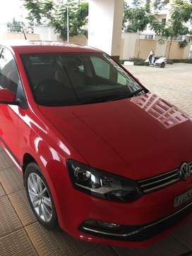 Volkswagen polo 2016 passion red excellent condition.